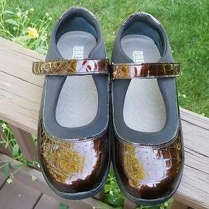 Drew Orthopedic Shoes